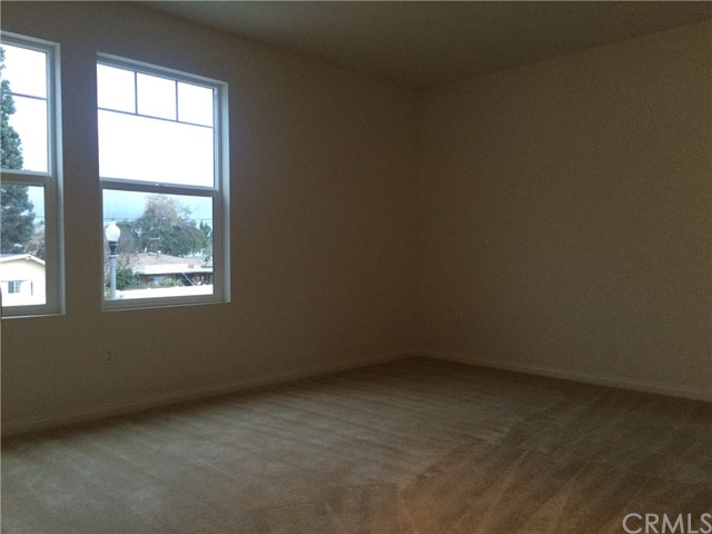 1535 Borden Lane, West Covina CA: http://media.crmls.org/medias/be4e3fd0-fd04-45b1-af2c-a67a41fb54a3.jpg