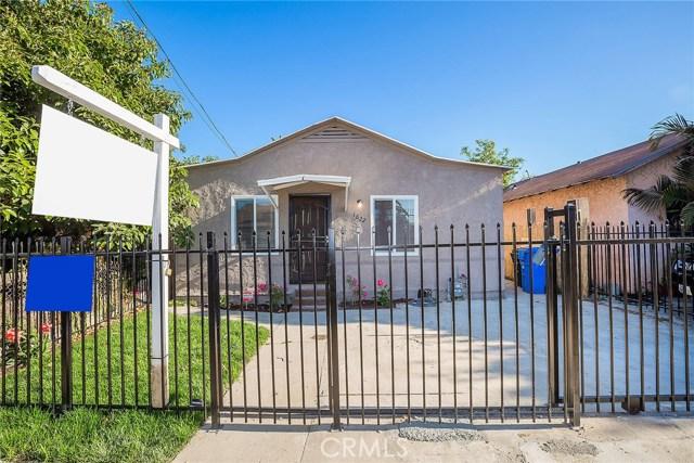 1622 E 40th Place, Los Angeles CA: http://media.crmls.org/medias/be62cb97-dbae-4766-a0a9-e8bdf04b9b1c.jpg