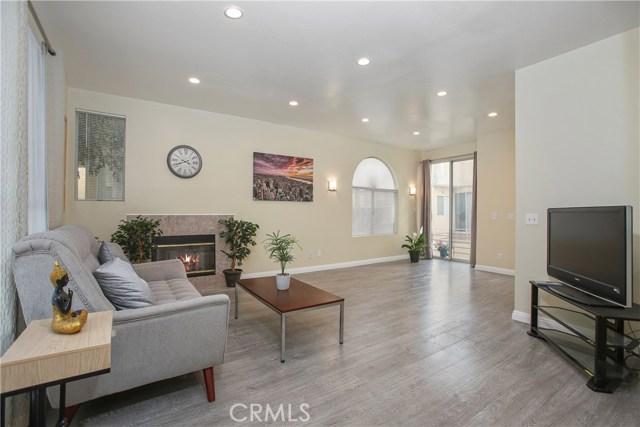 14544 Yukon Avenue, Hawthorne, California 90250, 3 Bedrooms Bedrooms, ,2 BathroomsBathrooms,Townhouse,For Sale,Yukon,SB19267081