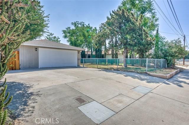 7389 Victoria Avenue, Highland CA: http://media.crmls.org/medias/be7677c4-92b7-4af5-b744-ea88f4914b89.jpg