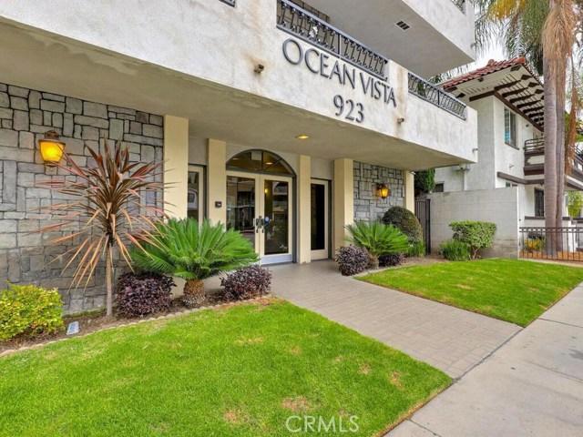 923 E Ocean Boulevard, Long Beach CA: http://media.crmls.org/medias/be7ff1d7-b0c4-4011-9f50-be242ed630f2.jpg