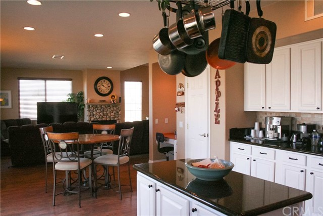 42160 Indian Hill Trail, Aguanga CA: http://media.crmls.org/medias/be879dc9-eee4-43d4-b873-b05af2d40be9.jpg