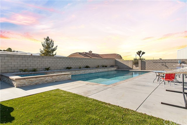 5675 Cambria Road Phelan CA 92371