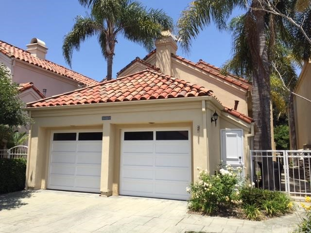***SINGLE FAMILY HOME IN HIGHLY DESIRABLE GATED PORTOFINO COVE COMPLEX IN HUNTINGTON BEACH***  This is a 2 bedroom, 2 bathroom two story home.  The complex amenities include: Pool, spa, sauna and barbecue.