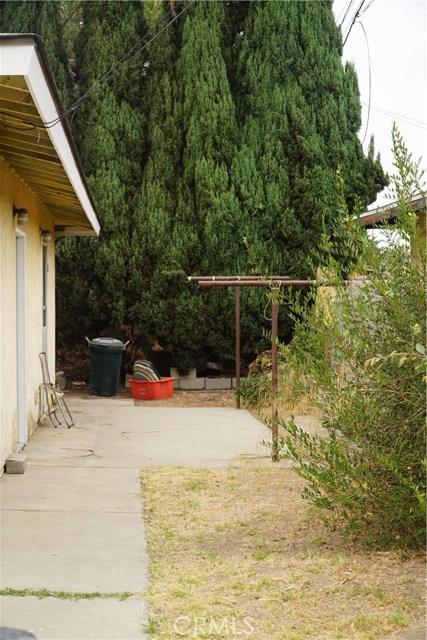 824 Sycamore, Montebello CA: http://media.crmls.org/medias/bea82927-c23a-4485-8d26-36e653690c3b.jpg