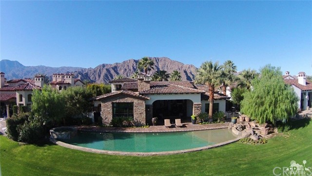 Photo of home for sale at 53588 Via Pisa, La Quinta CA