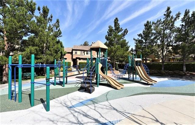 8692 9th Street, Rancho Cucamonga CA: http://media.crmls.org/medias/bebc5c2a-ffcf-45cd-9a28-60aec83e1508.jpg