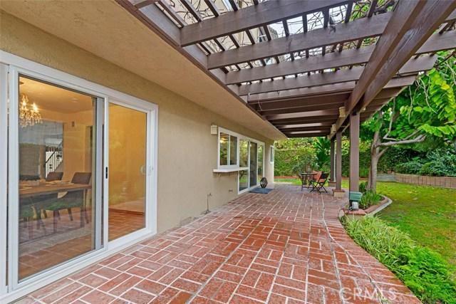 19392 Weymouth Lane, Huntington Beach CA: http://media.crmls.org/medias/bec592cc-971c-4d0c-b3b0-efa50d75a919.jpg