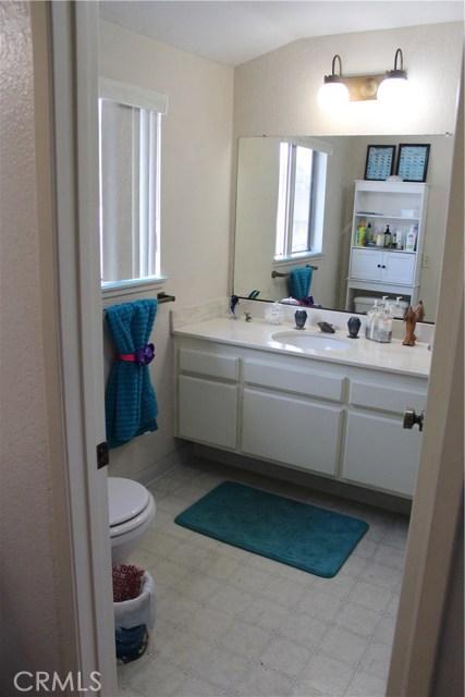 435 E Camden Street, Glendora CA: http://media.crmls.org/medias/beca590c-d6ac-4e45-8fd9-e05f20ac4cd1.jpg