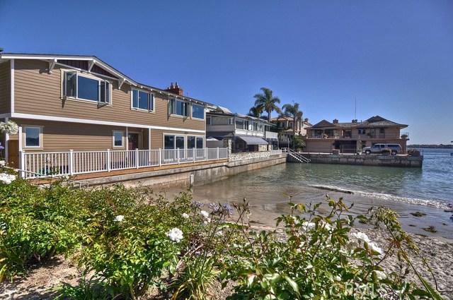 Single Family Home for Rent at 2709 Cove Street Corona Del Mar, California 92625 United States