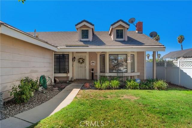 25201 Marsel Ranch Road, Moreno Valley CA: http://media.crmls.org/medias/bef518f7-51b6-4549-a9b7-12ab9e91a26c.jpg