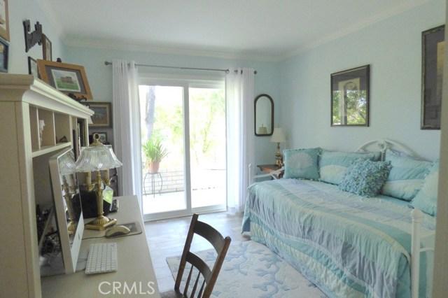 630 Avenida Sevilla, Laguna Woods CA: http://media.crmls.org/medias/bef56e5a-6299-4871-a529-5f6675f6224f.jpg