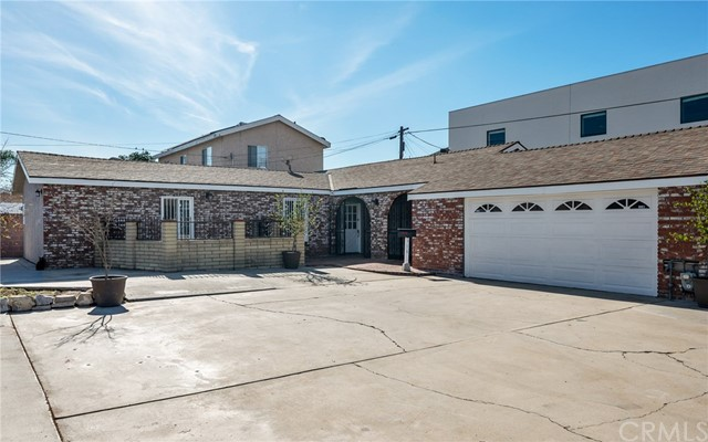 Detail Gallery Image 1 of 34 For 916 W Denni St, Wilmington,  CA 90744 - 3 Beds | 2 Baths