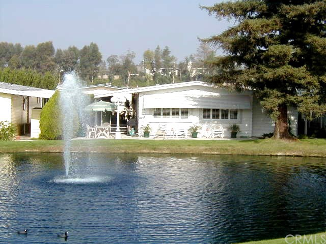 24001 Muirlands Boulevard, Lake Forest CA: http://media.crmls.org/medias/bf0e78c7-4eea-460a-a088-d1bb3d28f83a.jpg