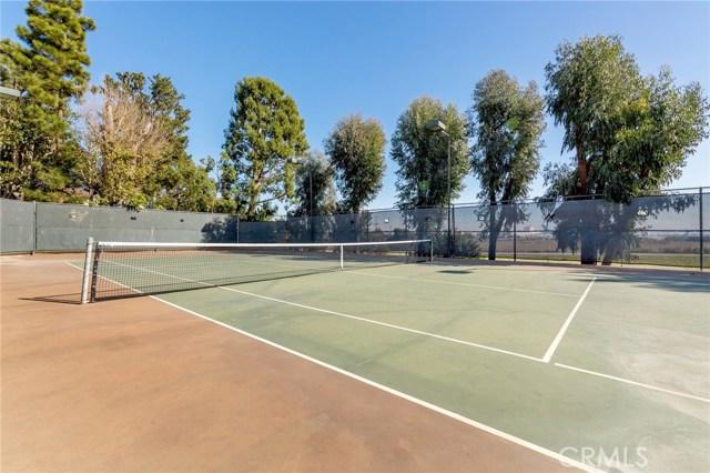 8675 Falmouth Avenue, Playa del Rey CA: http://media.crmls.org/medias/bf1e92de-1dab-40fc-a9be-7bb6531d53a4.jpg