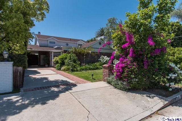 15720 Morrison Street, Encino CA 91436