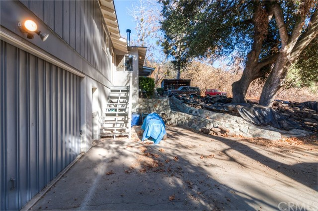 11833 Oak Glen Road, Oak Glen CA: http://media.crmls.org/medias/bf30603e-5f03-4eaa-9ab5-33188c3567f1.jpg