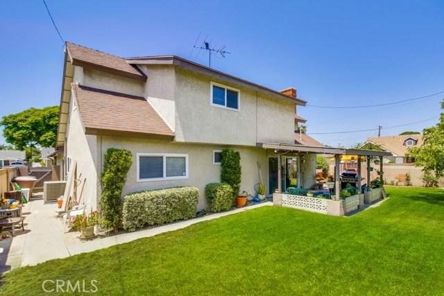 12682 Poplar Street, Garden Grove CA: http://media.crmls.org/medias/bf30cd90-5fe1-46d5-86c8-8e57eebf9ac2.jpg
