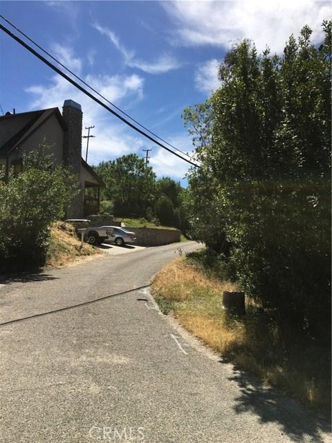 1761 E Forrest Lane, San Bernardino CA: http://media.crmls.org/medias/bf34ecdc-a96b-469b-b18b-06ac4b320442.jpg
