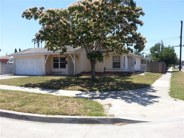 Single Family Home for Sale at 8222 Flight Avenue Midway City, California 92655 United States