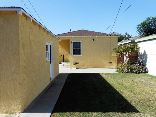 10104 Hildreth Avenue South Gate, CA 90280 - MLS #: CV18264174