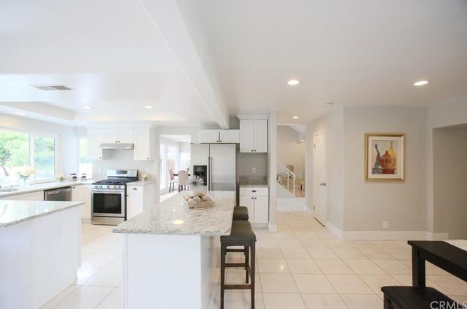 16871 Saybrook Lane, Huntington Beach CA: http://media.crmls.org/medias/bf562817-5e29-4b0b-96fe-d0791f63d08e.jpg