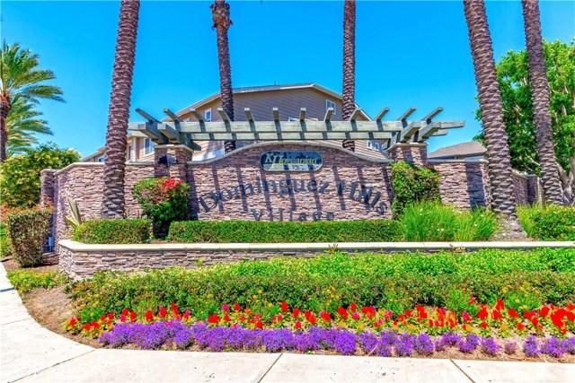 959 Blackberry Lane, Carson CA: http://media.crmls.org/medias/bf65f648-0599-4869-8f17-570d1bdb48de.jpg