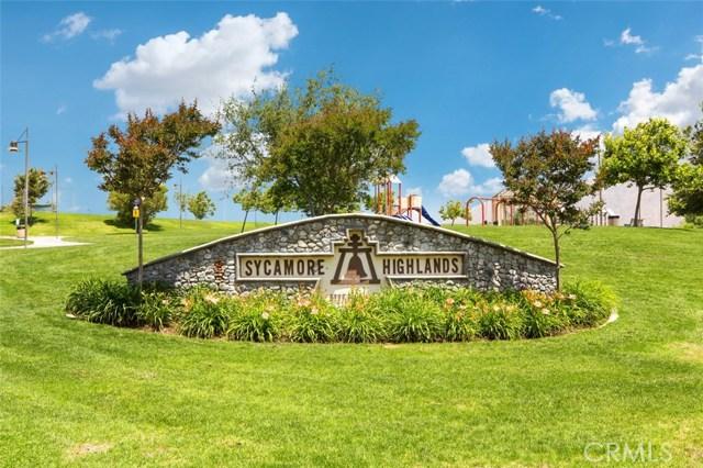 1598 Prestwick Drive, Riverside CA: http://media.crmls.org/medias/bf668cd6-0945-4f97-9c26-06c15ff5f79d.jpg