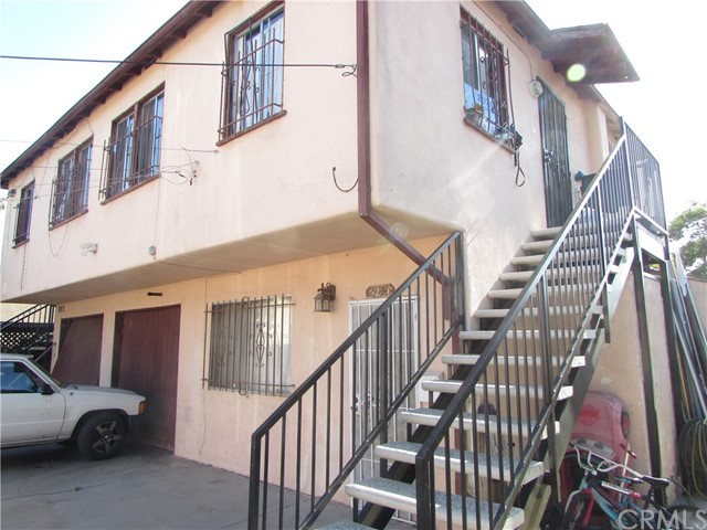 Detail Gallery Image 1 of 34 For 523 N Willow Ave, Compton,  CA 90221 - – Beds   – Baths