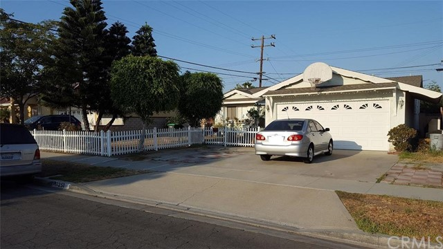Single Family Home for Sale at 10250 Garrett Road Stanton, California 90680 United States