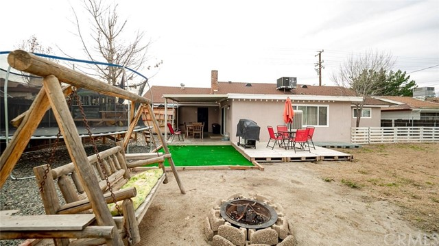 41598 Mayberry Avenue, Hemet CA: http://media.crmls.org/medias/bf72530b-cd0e-4e7b-ab1e-915855369f52.jpg