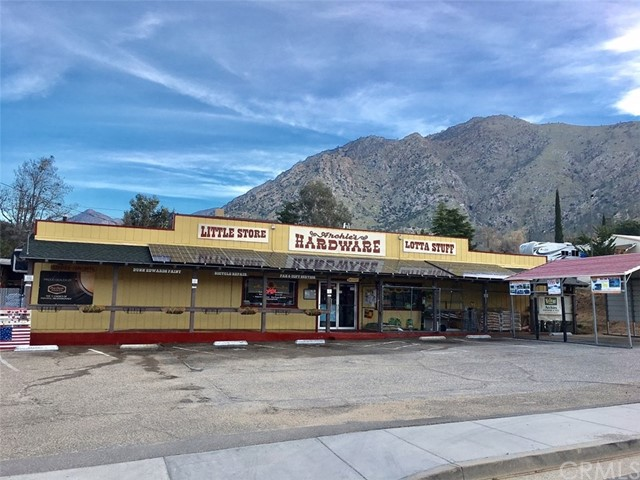 Single Family for Sale at 11317 Kernville Road Kernville, California 93238 United States