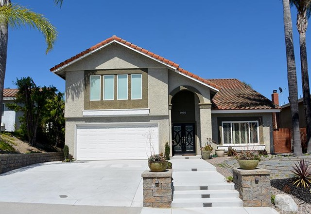 Single Family Home for Sale at 940 South Bucknell St 940 Bucknell Anaheim Hills, California 92807 United States