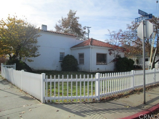 Single Family Home for Sale at 407 North Street Yreka, California 96097 United States