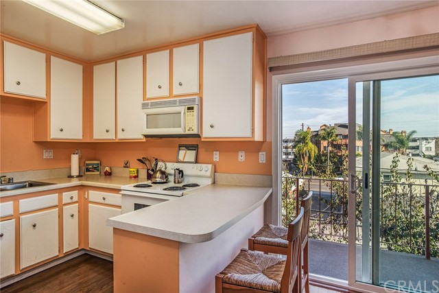 382 Coronado Av, Long Beach, CA 90814 Photo 3