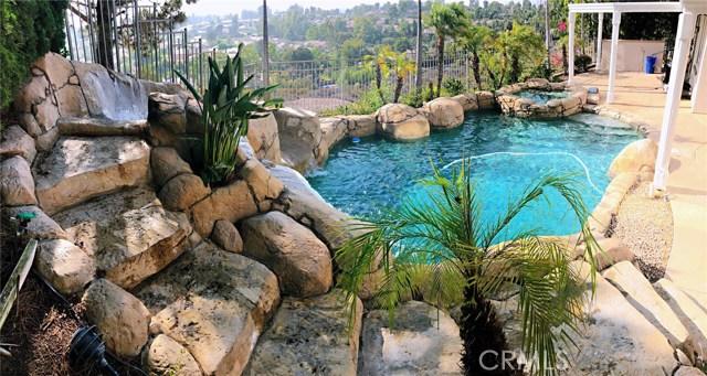 23689 Castle Rock, Mission Viejo CA: http://media.crmls.org/medias/bf95a551-dc2c-4312-8862-7af0eb7a53c6.jpg