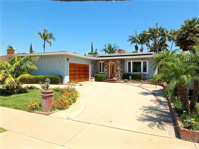 Single Family Home for Sale at 4352 Clubhouse Drive Lakewood, California 90712 United States