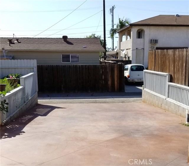 1031 N Patt Street, Anaheim CA: http://media.crmls.org/medias/bf9c9f59-a9f9-40f9-b50c-4596aad43169.jpg