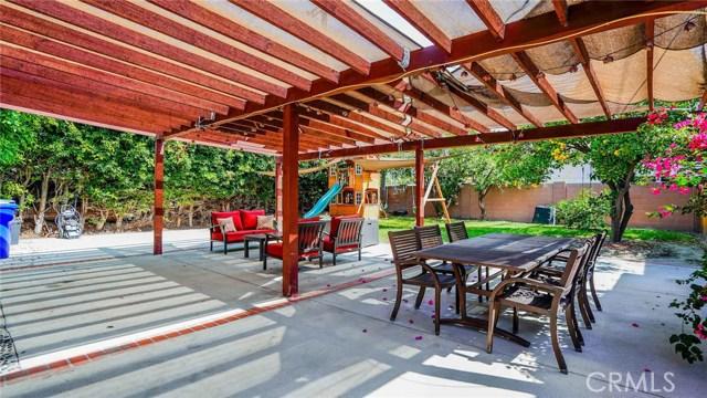 12224 Brookshire Avenue, Downey CA: http://media.crmls.org/medias/bfbe50ba-82d4-4bf5-bd29-2e0d46a8335e.jpg