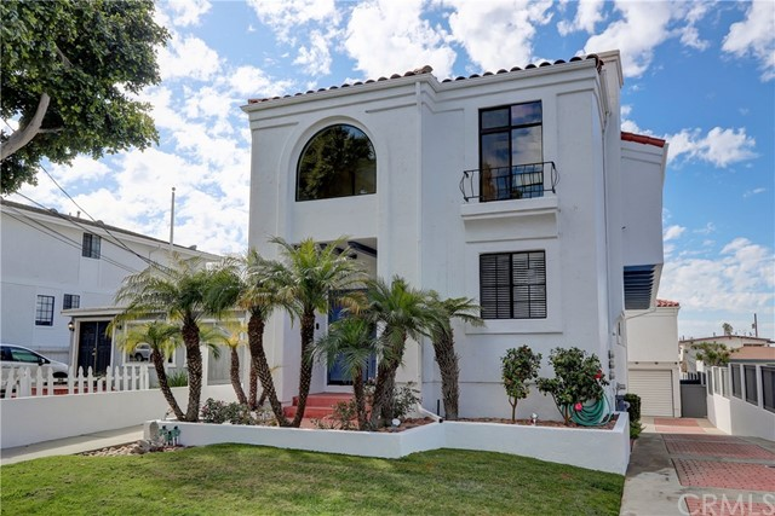 107 Lucia A Redondo Beach CA 90277