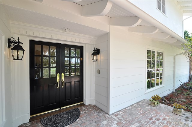 1 Clear Vista Drive, Rolling Hills Estates CA: http://media.crmls.org/medias/bfc7059f-90ac-4654-bee4-6691105003a1.jpg