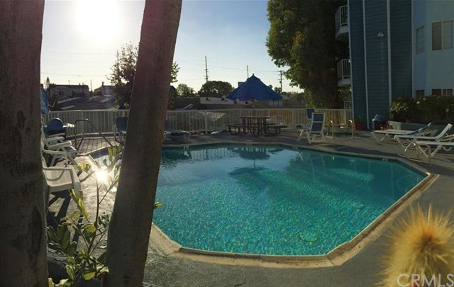 1100 Euclid Av, Long Beach, CA 90804 Photo 3