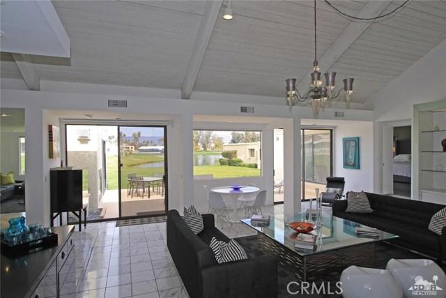 34868 Mission Hills Drive, Rancho Mirage CA: http://media.crmls.org/medias/bfd3aeb1-912a-4c94-a208-00b11ec91eb6.jpg