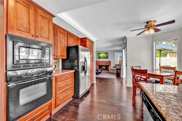 7939 E Timberland Avenue, Orange CA: http://media.crmls.org/medias/bfee9d16-34c2-4d4e-a9a9-e642cef233c2.jpg