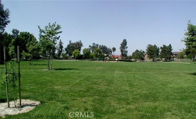 24842 Red Lodge Place, Laguna Hills CA: http://media.crmls.org/medias/bff4e2e5-d327-4ea3-82aa-6ff01849e616.jpg