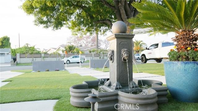 8832 La Grand Avenue, Garden Grove CA: http://media.crmls.org/medias/bff66d1b-9584-4eff-89bb-118f8a115405.jpg
