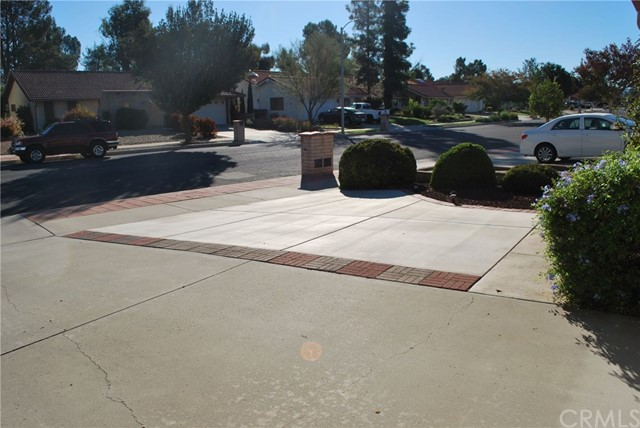 1323 Pepper Tree Drive Hemet, CA 92545 - MLS #: SW18118131