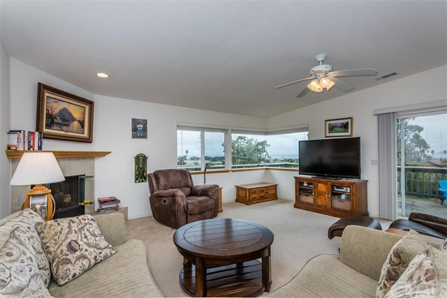 612 Ironwood Court Morro Bay, CA 93442 - MLS #: NS17250415