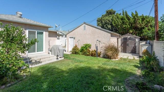 10524 Emery Street, El Monte CA: http://media.crmls.org/medias/bffc7b8a-b29c-456a-b1ad-14f343972a46.jpg