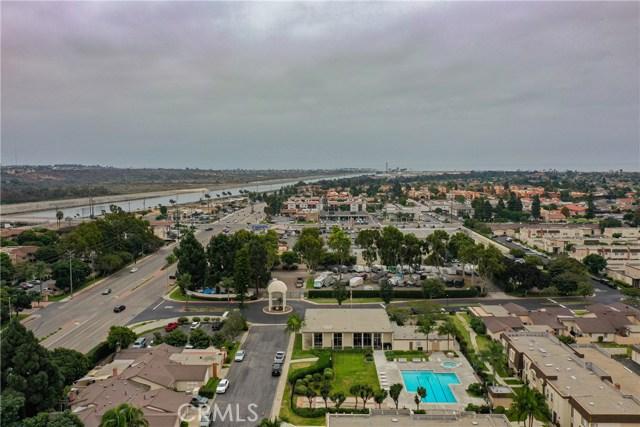 Photo of 9702 Villa Pacific Drive, Huntington Beach, CA 92646